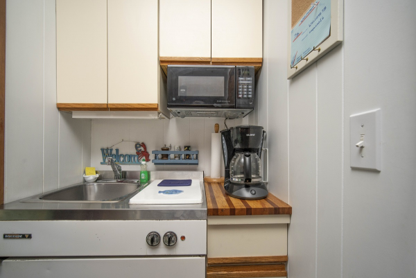 Cape Cod Studio Rental Kitchenette