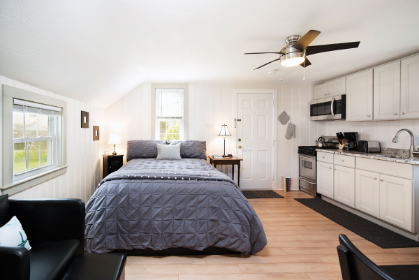 Vacation Rental Studio Cape Cod