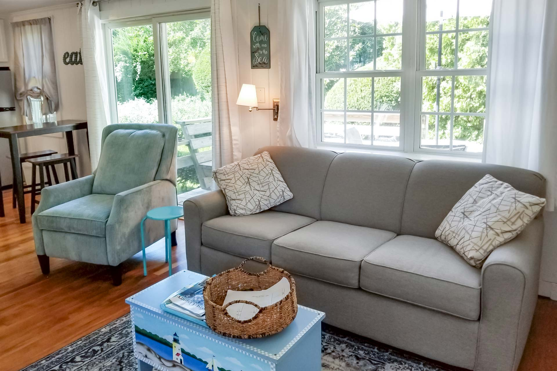 1 Bedroom Cottage Rental Cape Cod Living Room