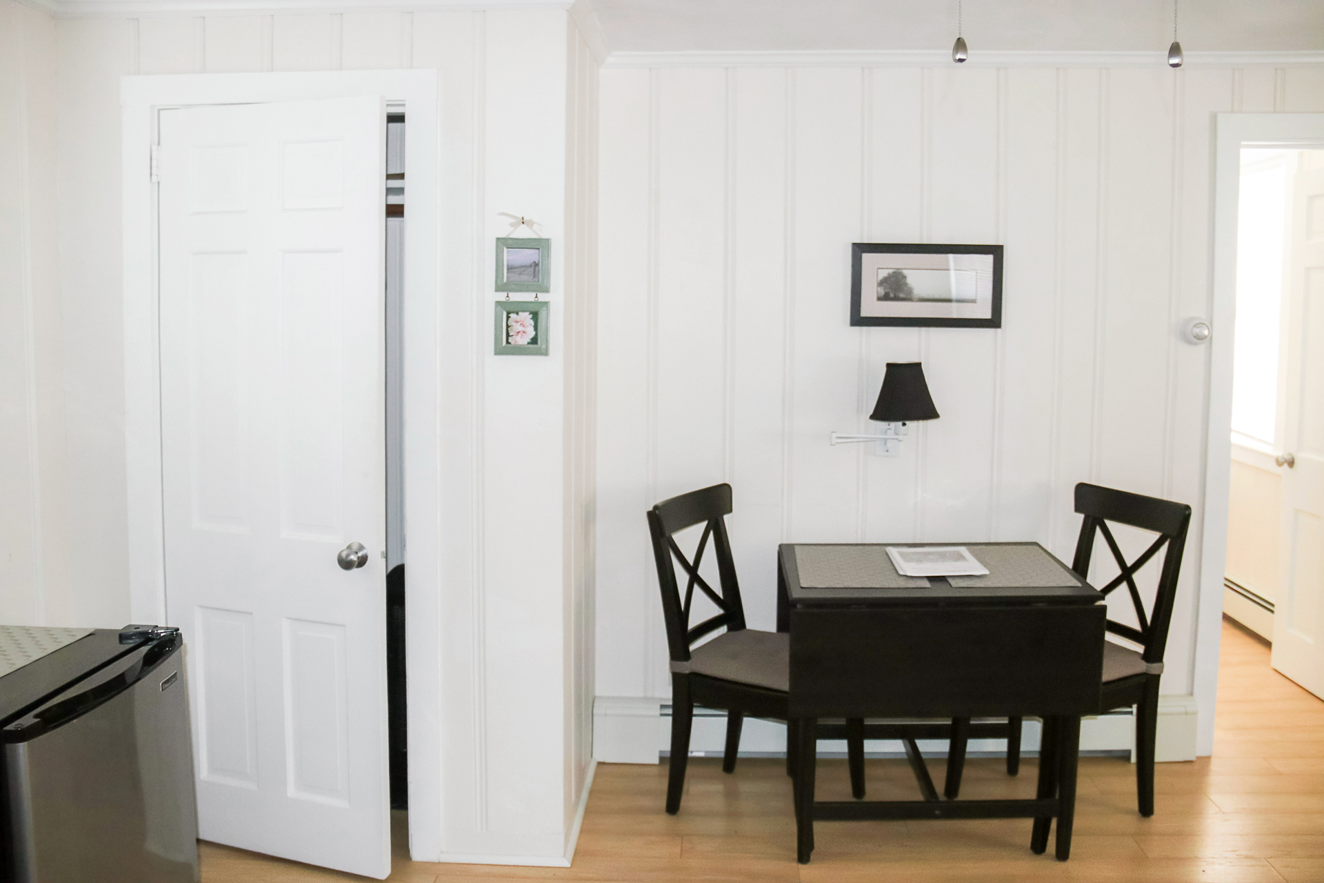 Vacation Rental Cape Cod Studio Dining